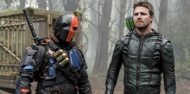 Manu-Bennett-and-Stephen-Amell-Arrow-Season-5-Episode-23