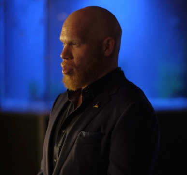 """Black Lightning -- """"The Resurrection"""" -- Image BLK101j_0035 -- Pictured: Marvin """"Krondon"""" Jones III as Tobias i -- Mark Hill/The CW -- © 2017 The CW Network, LLC. All Rights Reserved."""